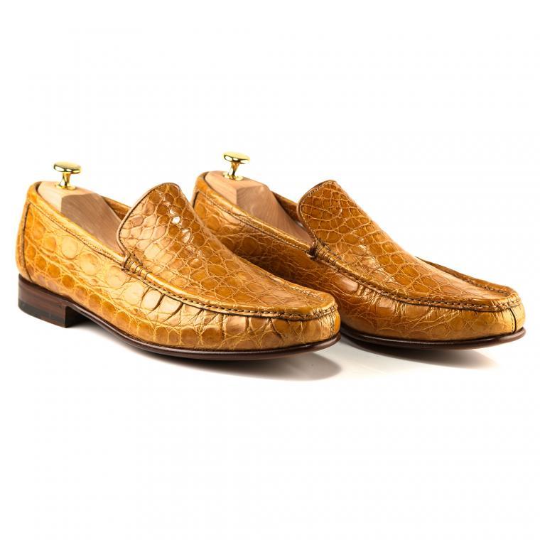 Желтые мокасины из кожи крокодила