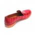 Красные слипоны из кожи крокодила